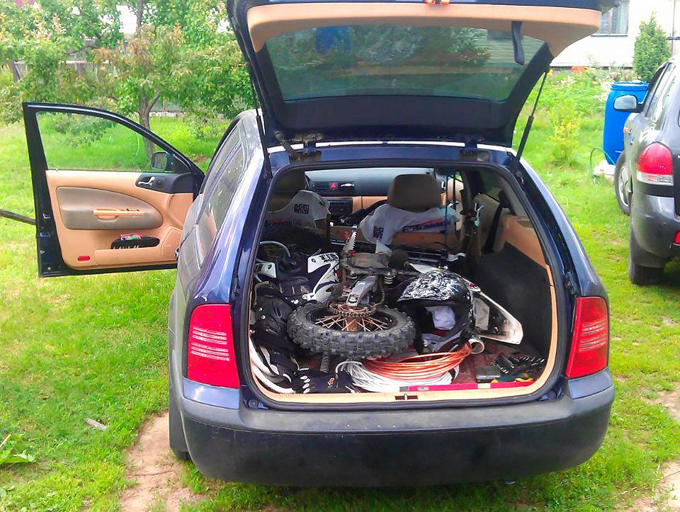 перевозка питбайка в багажнике