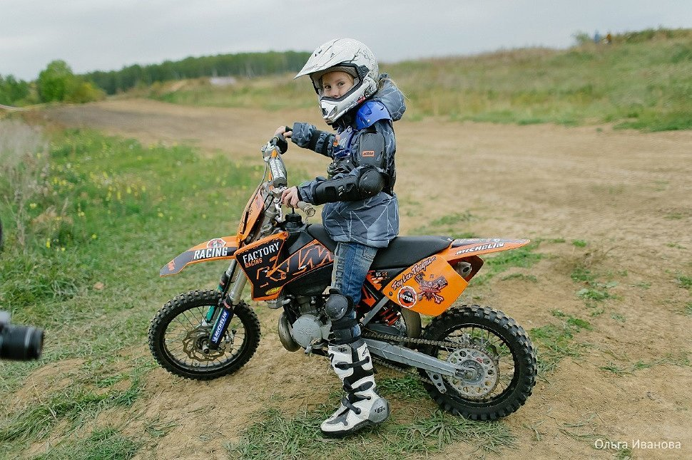 Детские кроссовые мотоциклы на бензине
