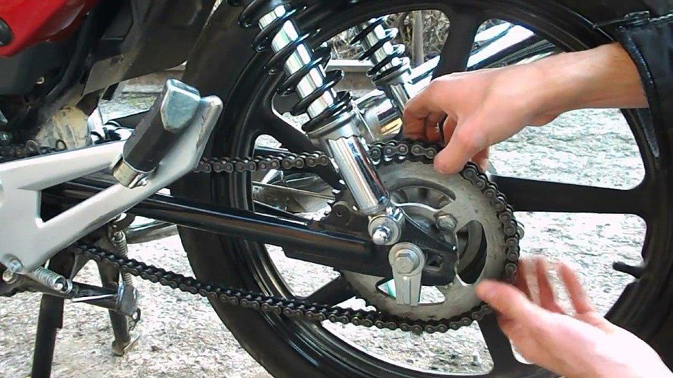 Как снять заднее колесо на эндуро